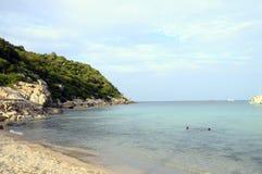 Stil Ao Leuk zandig strand in Thailand Royalty-vrije Stock Afbeelding