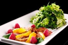 stil för restaurang för uppläggningsfat för mat för cookerykotlettmaträtt fotografering för bildbyråer