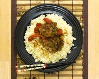 Stile asiatico di alimento con le bacchette 1 fotografia stock