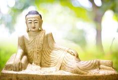 Stile birmano adagiantesi Buddha Fotografie Stock Libere da Diritti