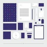 Stile corporativo con un modello geometrico Insieme della cancelleria Illustrazione Vettoriale