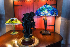 Stile dell'annata della lampada di scrittorio e di angelo Fotografia Stock Libera da Diritti