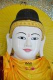 Stile della Birmania della statua di immagine di Buddha della pagoda di Botataung Immagine Stock Libera da Diritti