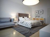 Stile di art deco della camera da letto con la grande lampada del soffitto Immagine Stock Libera da Diritti
