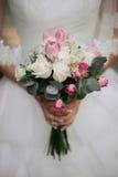 Stile di boho della sposa Quelle ragazze non sono vedute sono soltanto mano visibile Fotografia Stock