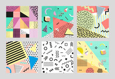 Stile di retro modo 80s o 90s dell'annata Carte di Memphis Grande insieme Elementi geometrici d'avanguardia Manifesto astratto mo Immagine Stock