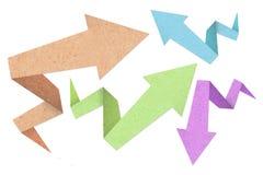 Stile di struttura del documento di origami della freccia giù alla casella Immagine Stock
