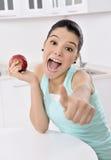 Stile di vita sano - donna e mela sorridenti felici Fotografia Stock