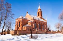 Stile gotico della chiesa di inverno Immagini Stock Libere da Diritti