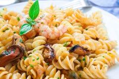 Stile italiano della pasta dei frutti di mare Immagine Stock