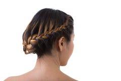 Stile lungo della treccia dei capelli su fondo bianco Immagine Stock