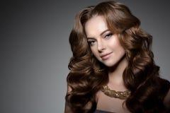 Stile Po di Vogue di alta moda di Girl Beauty Woman del modello di alta moda Fotografia Stock