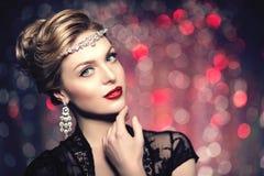 Stile Po di Vogue di alta moda di Girl Beauty Woman del modello di alta moda Fotografia Stock Libera da Diritti