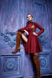 Stile sexy di modo del partito dell'attività di raccolta del vestito di vestito dalla donna Fotografie Stock