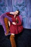 Stile sexy di modo del partito dell'attività di raccolta del vestito di vestito dalla donna Fotografie Stock Libere da Diritti