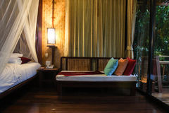 stile tailandese del bungalow in Tailandia Fotografia Stock