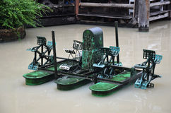 Stile tailandese della macchina della turbina dell'acqua Fotografie Stock