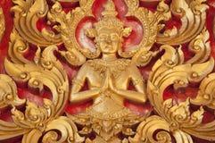 Stile tailandese Deva dorato di Handcraf Fotografia Stock Libera da Diritti