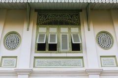 Stile tailandese di tradizione della finestra nella provincia di Phrae Fotografia Stock