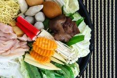 Stile tailandese Shabu o materia prima dell'ingrediente di Sukiyaki Fotografia Stock