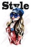 Stilfull dam i lock Hand dragen härlig ung kvinna i solglasögon Kvinna för blont hår för mode stock illustrationer