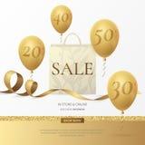 Stilfull försäljningsaffisch för vektor med en pappers- shoppingpåse, ett guld- band och ballonger Royaltyfri Foto