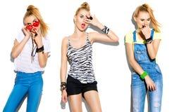 Stilfull modellflicka för tonårs- mode Royaltyfria Foton