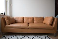 Stilfull soffa Arkivfoto