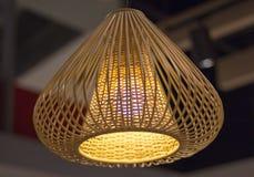 Stilfulla lampor på taket Arkivbilder