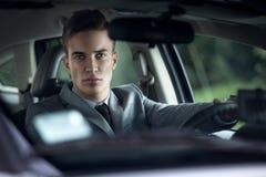 Stilfulla män för elegans i bil Fotografering för Bildbyråer