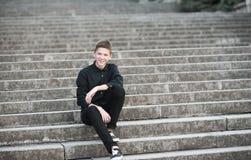 stilfullt teen f?r pojke royaltyfri foto