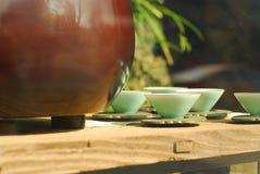 Stili piacevoli ceramici cinesi delle tazze di tè Fotografia Stock