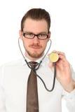 Stilig doktor med den bruna band- och vitskjortan Arkivfoto