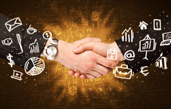 Stilig handskakning för affärsman Royaltyfri Foto