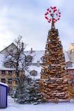 Stiliserad julgran i mitten av Riga på jul Royaltyfria Foton