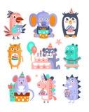 Stiliserad skraj uppsättning för klistermärke för djurfödelsedagberöm vektor illustrationer