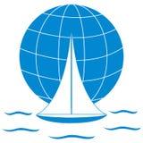 Stiliserad symbol av en kulör yacht som seglar över vågorna på en gl vektor illustrationer
