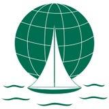 Stiliserad symbol av en kulör yacht som seglar över vågorna på en gl royaltyfri illustrationer