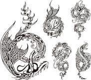Stiliserade draketattos vektor illustrationer