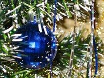 Stilisierter Hintergrund für Glückwünsche mit neuem Jahr und Weihnachten Lizenzfreies Stockbild