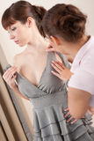 Stilista femminile con il modello Immagine Stock Libera da Diritti