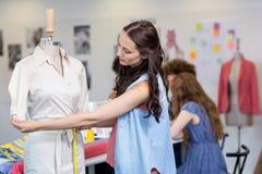 Stilista femminile sicuro immagini stock libere da diritti