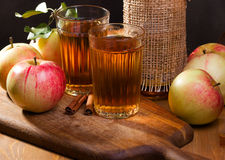 Still life with apple juice. With fresh apples Royalty Free Stock Photography