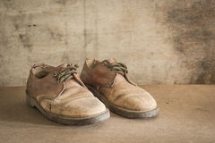 Still life with brown leather shoes old Royalty Free Stock Photos