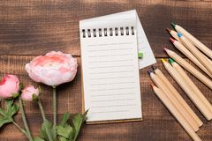 Free Still Life, Business, Office Supplies Or Education Concept : Top View Image Of Open Notebook With Blank Pages On Wood Royalty Free Stock Images - 139152159