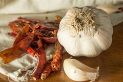 Still life chili and garlic Royalty Free Stock Images