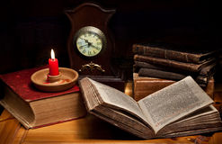 Still life with clock Royalty Free Stock Images
