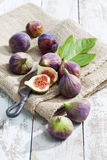 Still life with figs on burlap Royalty Free Stock Images