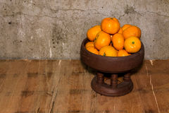 Still life - Oranges in Tray Royalty Free Stock Photos