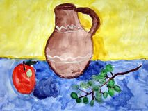 Still life painted by child. Gouache painting of a jug, an apple, and grapes on a blue table against a yellow wall. Made by child Stock Photo